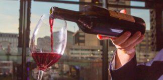 jak otworzyć wino